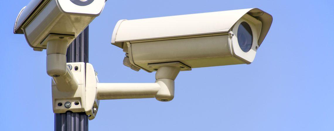 monitoring-1305045_1920